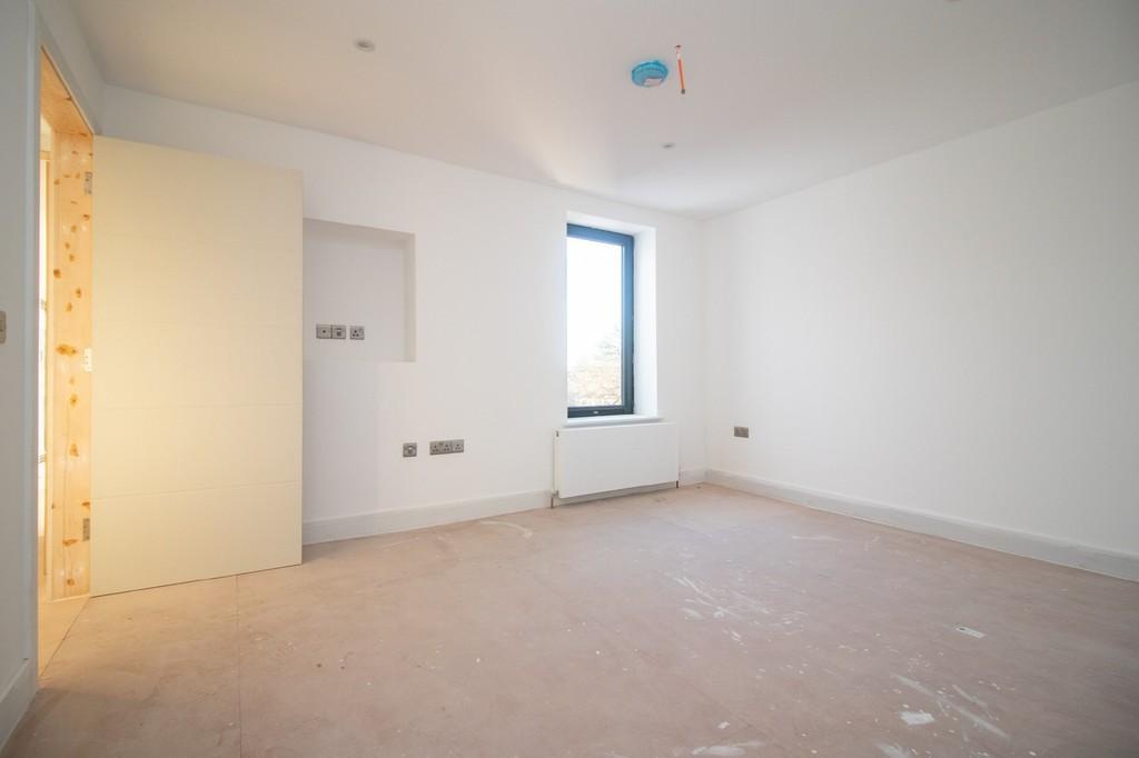 Image 15 Flat 3 (Second Floor), Cardiff Road, Llandaff, Cardiff