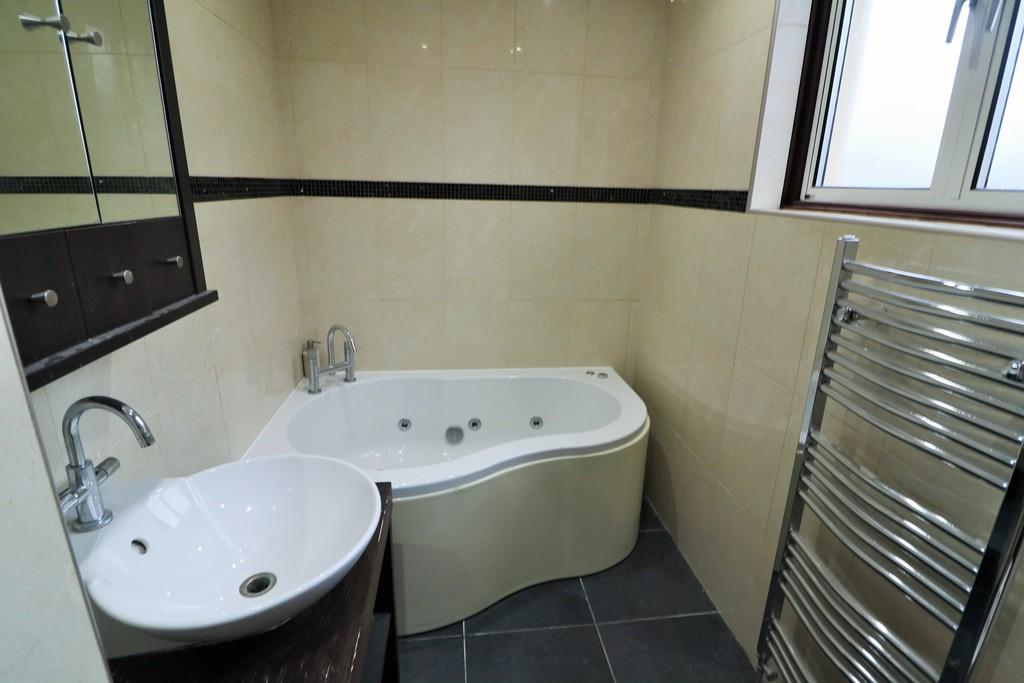 Image 23 St Isan Rd, Heath, Cardiff