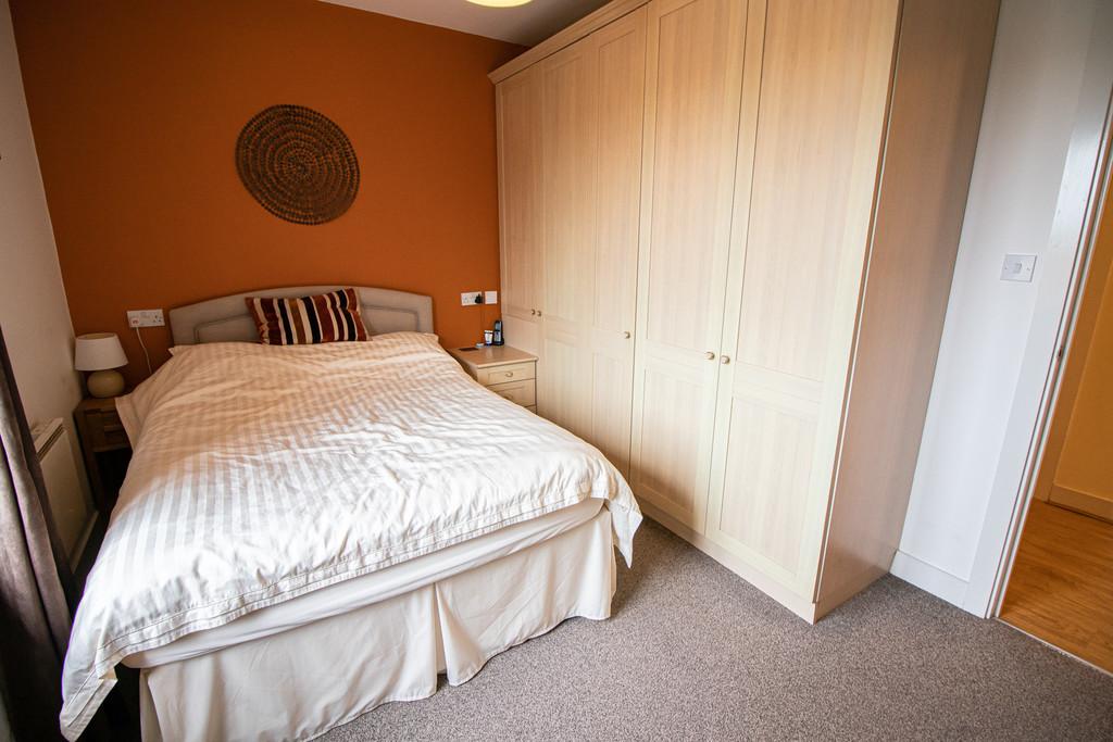 Image 8 St James Mansions, Mount Stuart Square, Cardiff